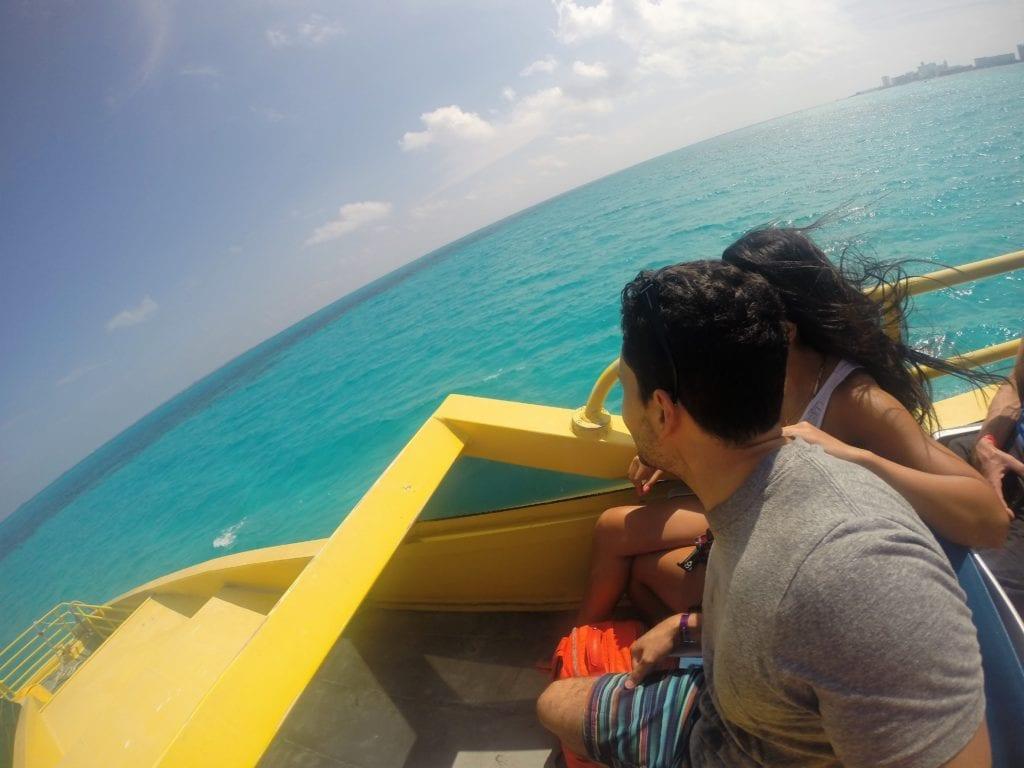 Ferry da Ultramar para Isla Mujeres