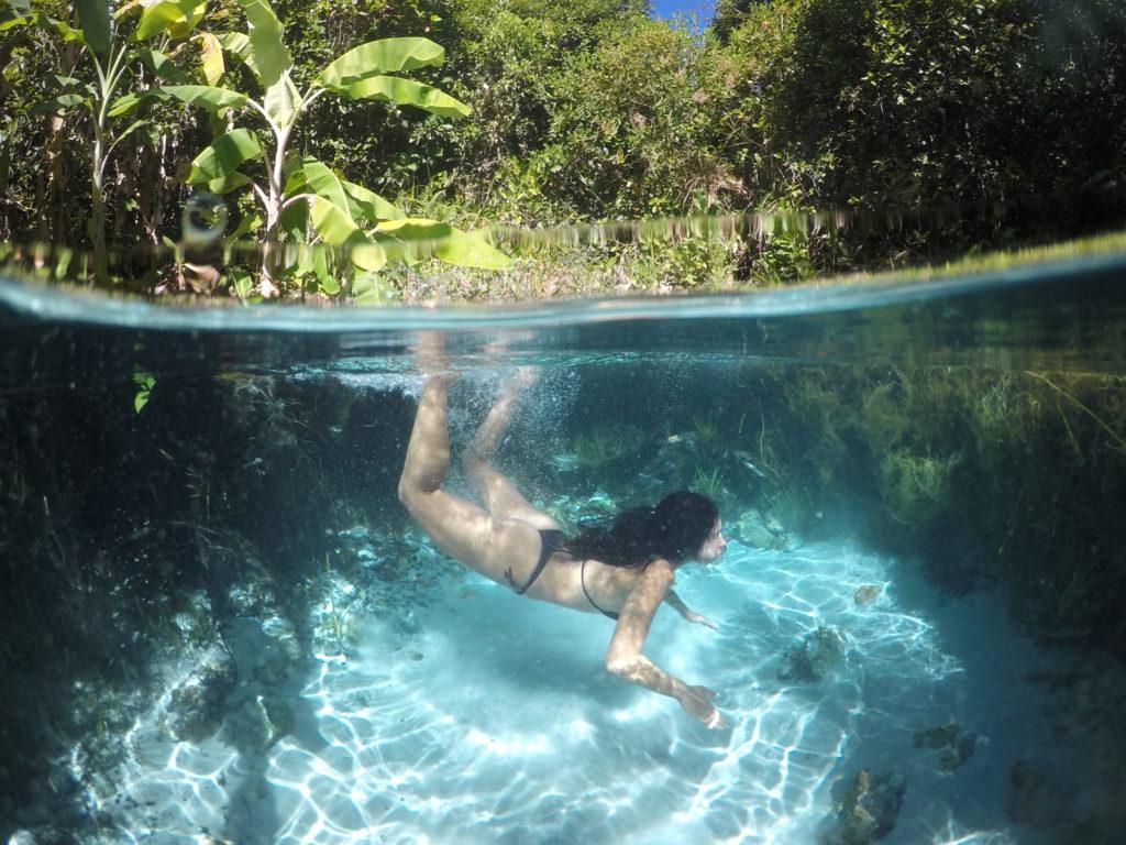 Muita dificuldade para mergulhar mesmo no fervedouro fundo