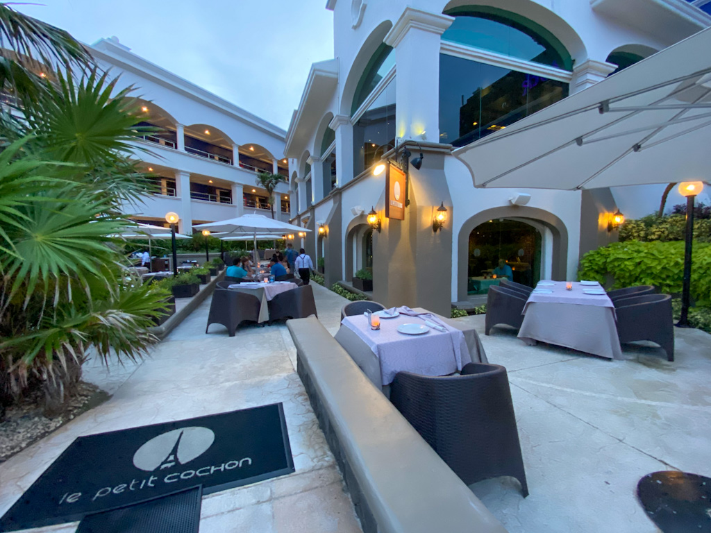 Le petit cochon - Hotel Hard Rock Riviera Maya